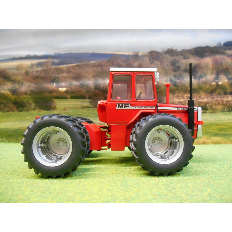Articulated Tractor Toys And Joys : Universal hobbies massey ferguson dual wheel wd