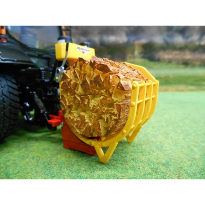UNIVERSAL HOBBIES 1:32 RABAUD FARGOMATIC LOG BUNDLING MACHINE