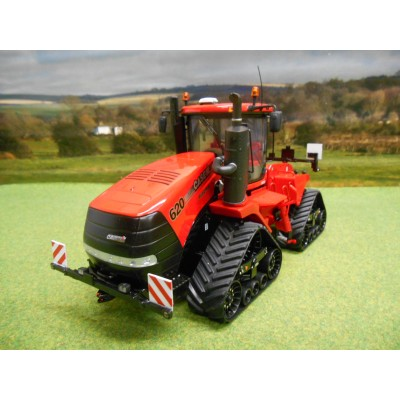 UNIVERSAL HOBBIES 1:32 CASE QUADTRAC 620 TRACTOR