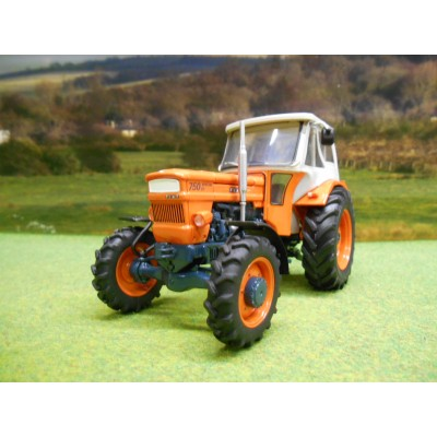 UNIVERSAL HOBBIES 1:32 FIAT 750 SPECIAL DT 4WD TRACTOR WITH CAB