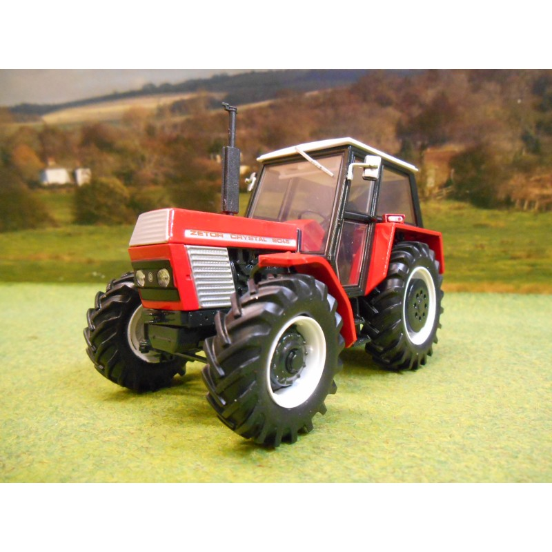 UNIVERSAL HOBBIES 1:32 ZETOR CRYSTAL 8045 EDITION 2 4WD TRACTOR