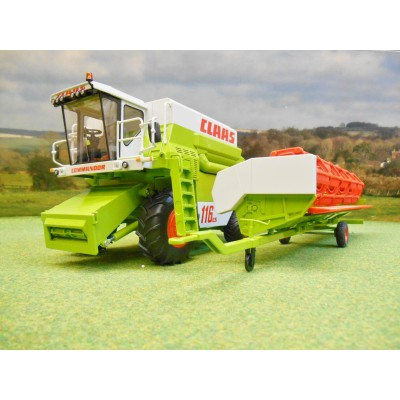 WIKING 1:32 CLAAS COMMANDER 116CS COMBINE WITH HEADER & TRAILER