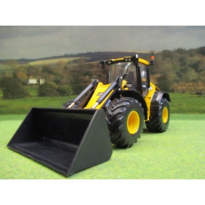 BRITAINS 1:32 JCB 419S WHEEL LOADER WITH BUCKETS