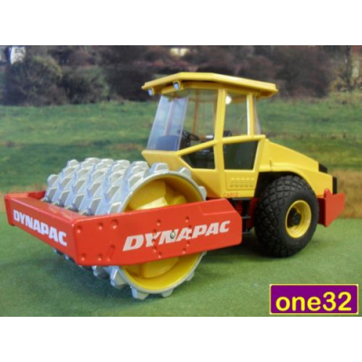 JOAL 1:35 DIECAST DYNAPAC CA512 SOIL COMPACTOR ROLLER