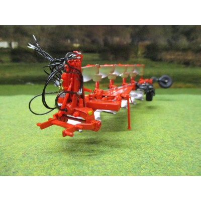 UNIVERSAL HOBBIES 1:32 KUHN VARI-MASTER 183 6 FURROW PLOUGH