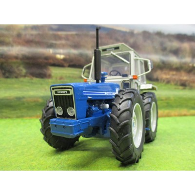 UNIVERSAL HOBBIES 1:32 COUNTY 1174 TRACTOR