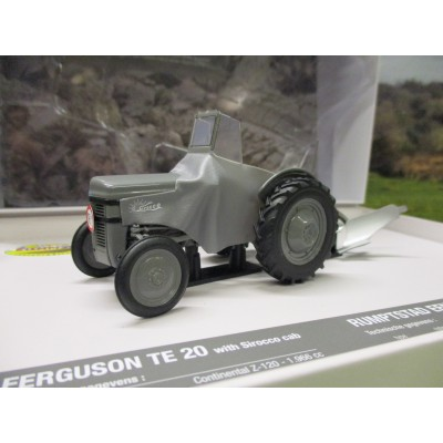 UNIVERSAL HOBBIES 1:32 LIMITED EDITION FERGUSON TE20 & RUMPTSTAD PLOUGH BOX SET
