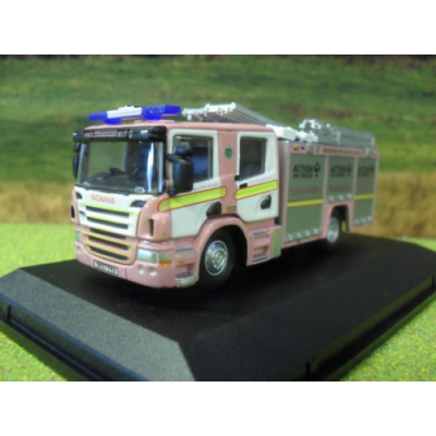 1:76 OXFORD SCANIA MERSEYSIDE PINK FIRE ENGINE PUMP & LADDER