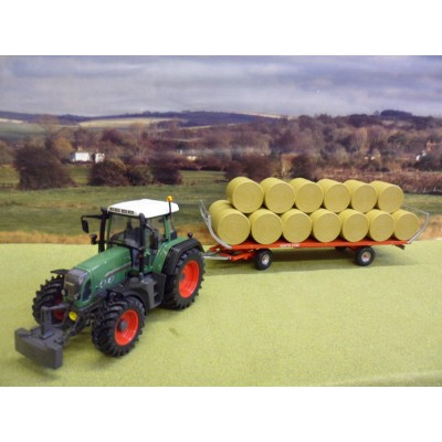 UNIVERSAL HOBBIES 1:32 FORD 7810 4WD TRACTOR