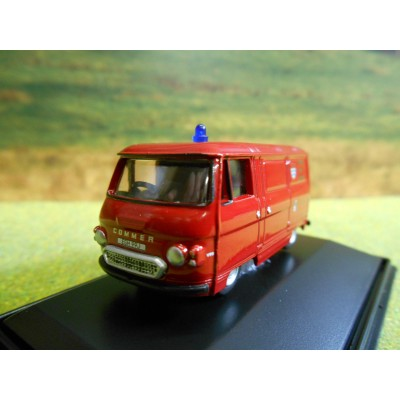 OXFORD 1:76 GAS & COKE SERVICE TRICYCLE VAN