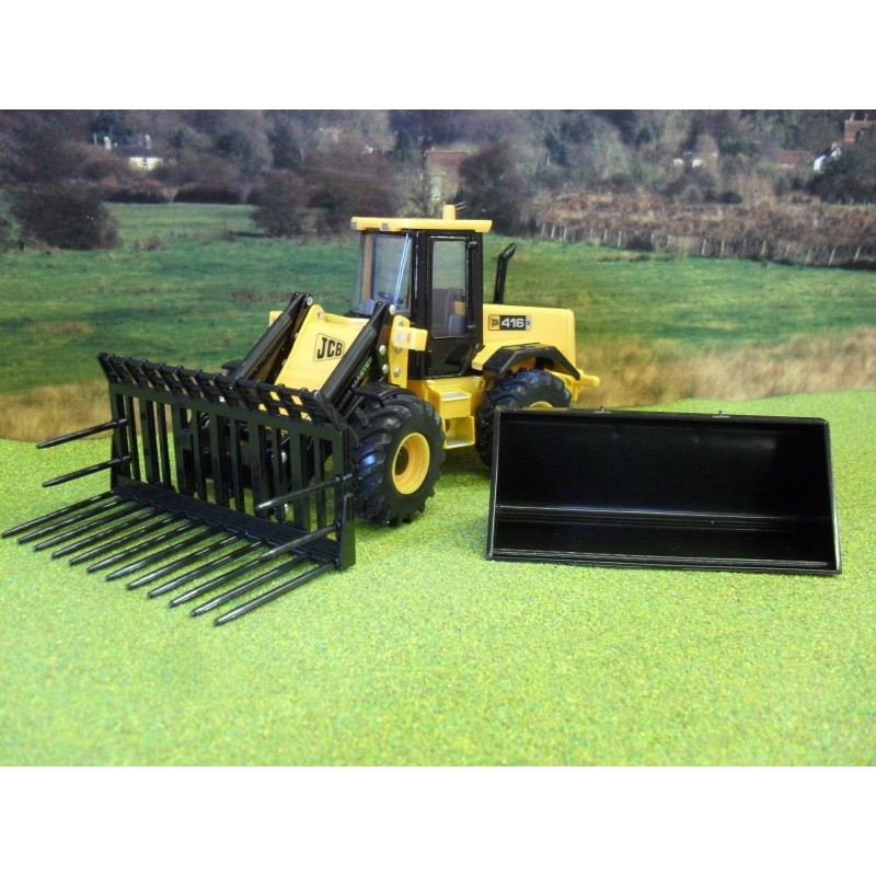 BRITAINS 1:32 FACELIFT JCB 416S FARM MASTER LOADER WITH BUCKETS