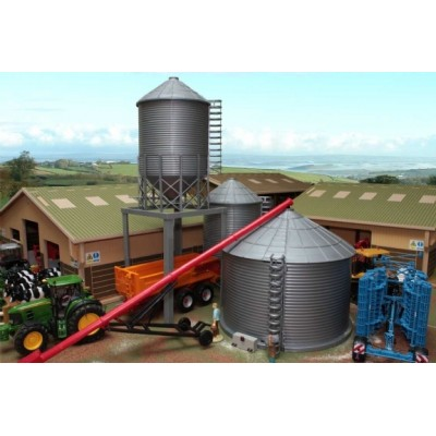 BRUSHWOOD 1:32 FARM SILO SET (3 SILOS / GRAIN BINS)