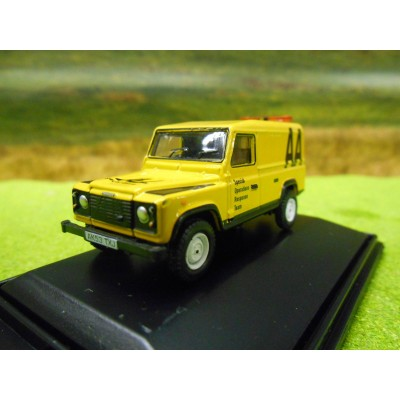 OXFORD 1:76 LANDROVER DEFENDER LWB HARDTOP NETWORK RAIL
