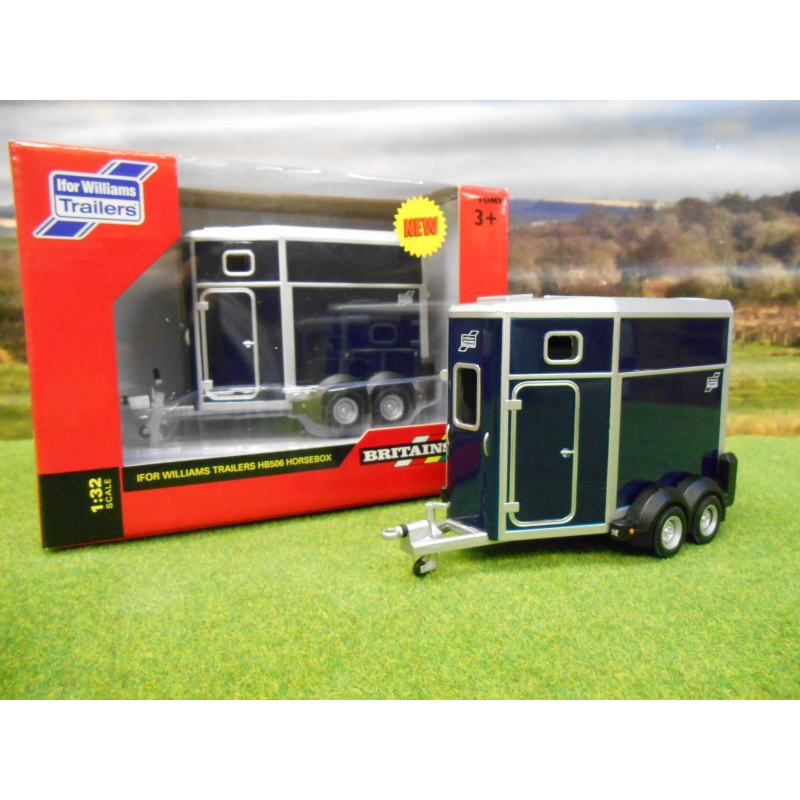 BRITAINS 1:32 KANE TRIAXLE LOW LOADER TRAILER