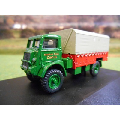 OXFORD 1:76 BERTRAM MILLS BEDFORD QLD CIRCUS LORRY