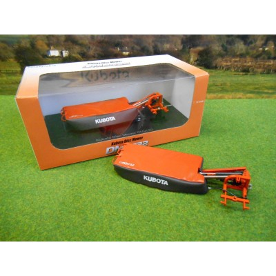 UNIVERSAL HOBBIES 1:32 KUBOTA DM2032 DISC MOWER