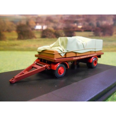 OXFORD 1:76 CHARLES THURSTON'S FUNFAIR TRAILER