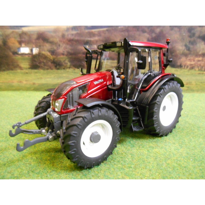 WIKING 1:32 VALTRA N143 HT3 TRACTOR