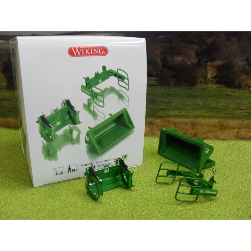 WIKING 1:32 FRONT LOADER ACCESSORIES - SET A JOHN DEERE GREEN