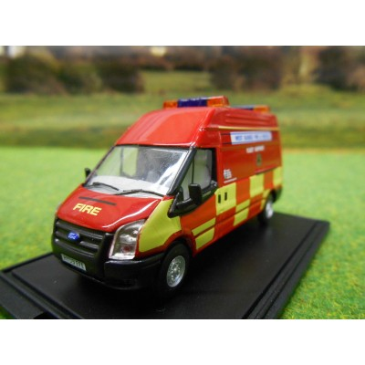 OXFORD 1:76 WEST SUSSEX FIRE & RESCUE LWB TRANSIT VAN