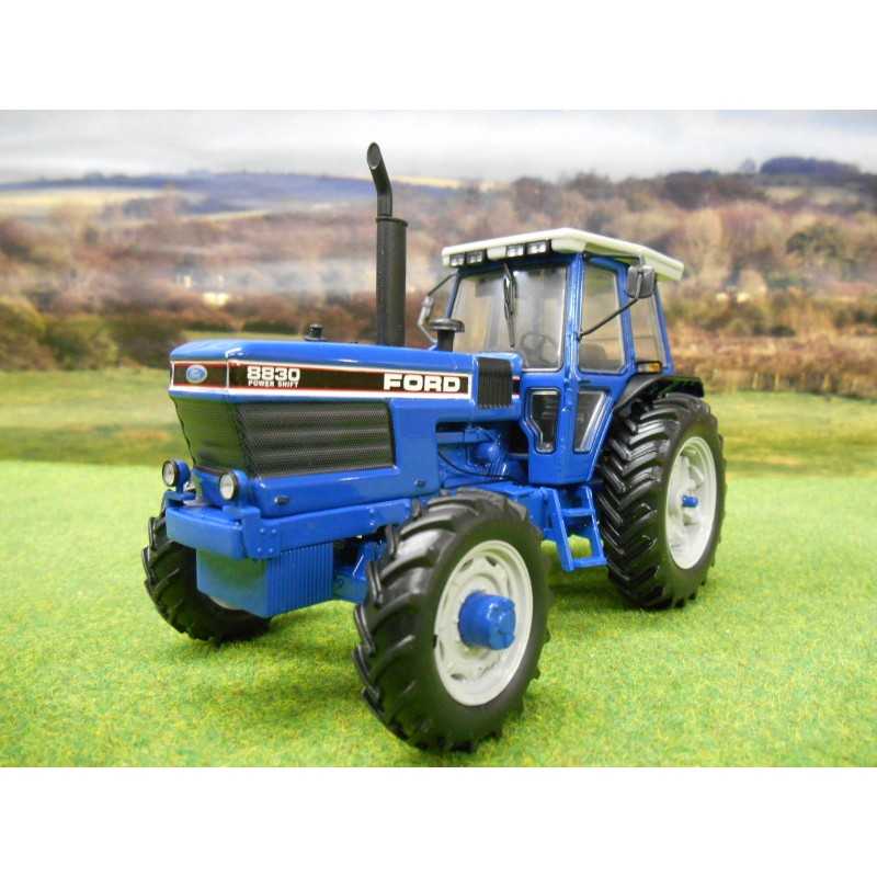 UNIVERSAL HOBBIES 1:32 FORD 8830 4WD POWERSHIFT TRACTOR