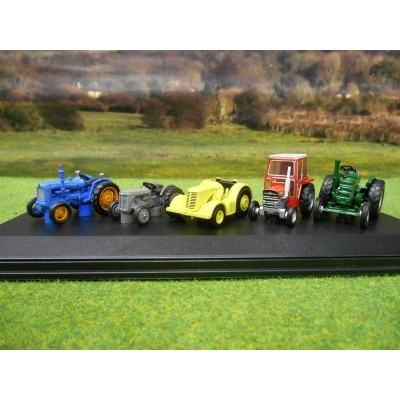 OXFORD 1:76 5 CLASSIC BRITISH TRACTORS GIFT SET