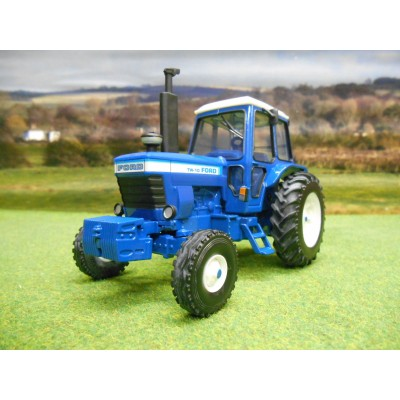 BRITAINS 1:32 CLASSIC FORD TW10 2WD TRACTOR