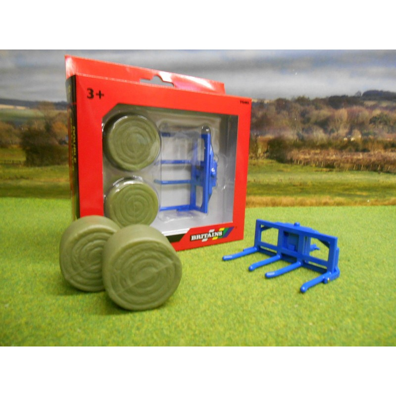 BRITAINS 1:32 REAR DOUBLE BALE LIFTER & TWO ROUND BALES