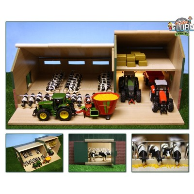 KIDS GLOBE 1:32 WOODEN COWSHED WITH TRACTOR BARN