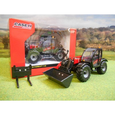 BRITAINS 1:32 CASE IH FARMLIFT 7.42 TELEHANDLER & ATTACHMENTS
