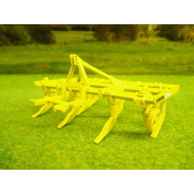 UNIVERSAL HOBBIES 1:32 BOMFORD SUPERFLOW CULTIVATOR