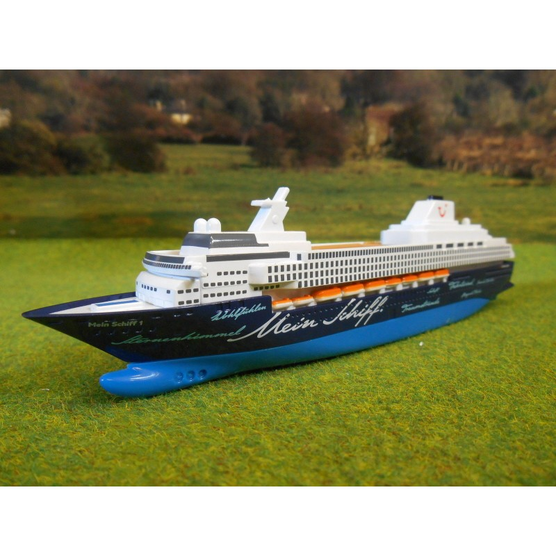 siku mein schiff 1 cruiseliner ship model 1 1400 one32. Black Bedroom Furniture Sets. Home Design Ideas