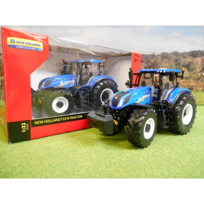 BRITAINS 1:32 NEW HOLLAND T7.315 TRACTOR