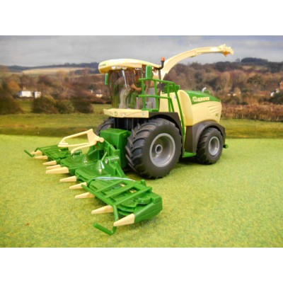 SIKU 1:32 KRONE BIG X 580 SELF PROPELLED FORAGE HARVESTER