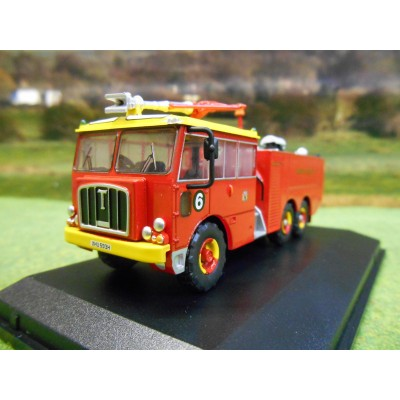OXFORD 1:76 THORNYCROFT NUBIAN MAJOR BRISTOL AIRPORT FIRE TENDER