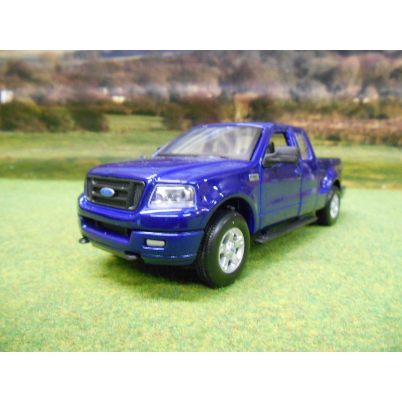 Maisto Special Edition  Ford F  Double Cab Fx Pick Up