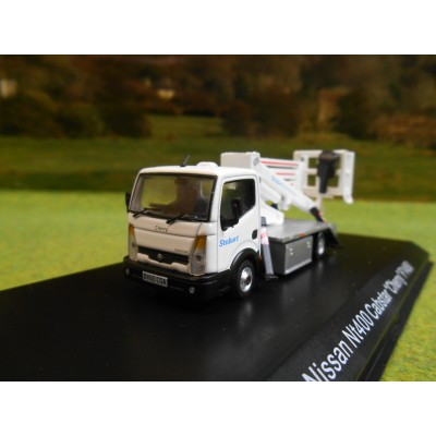ATLAS OXFORD 1:76 STOBART NISSAN NT400 CABSTAR CHERRY PICKER