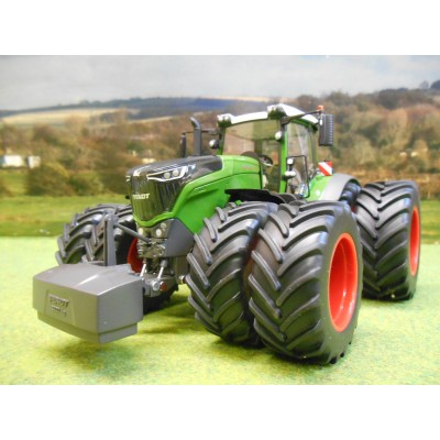 WIKING 1:32 FENDT 1050 VARIO 4WD TRACTOR ON DUAL WHEELS