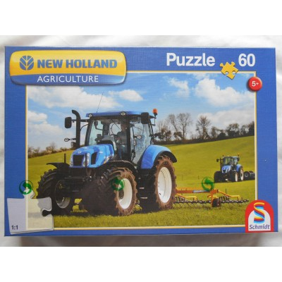 SCHMIDT NEW HOLLAND TRACTORS 60 PIECE JIGSAW PUZZLE
