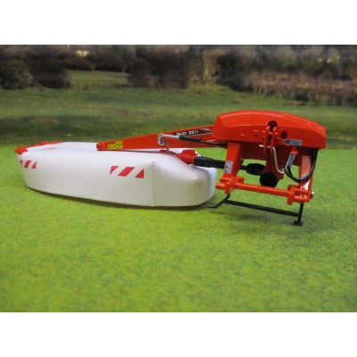 UNIVERSAL HOBBIES 1:32 KUHN GMD 3511 REAR DISC MOWER