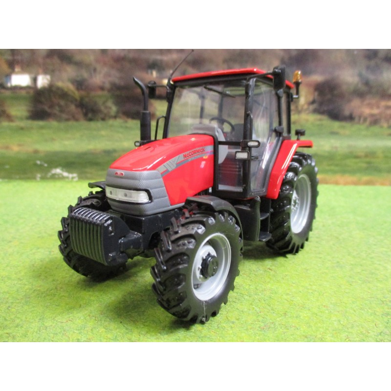 UNIVERSAL HOBBIES 1:32 MCCORMICK CX105 4WD TRACTOR