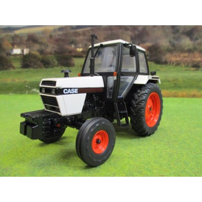 UNIVERSAL HOBBIES 1:32 CASE 1494 2WD TRACTOR (1983)