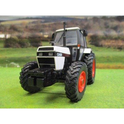 UNIVERSAL HOBBIES 1:32 CASE 1494 4WD TRACTOR (1983)
