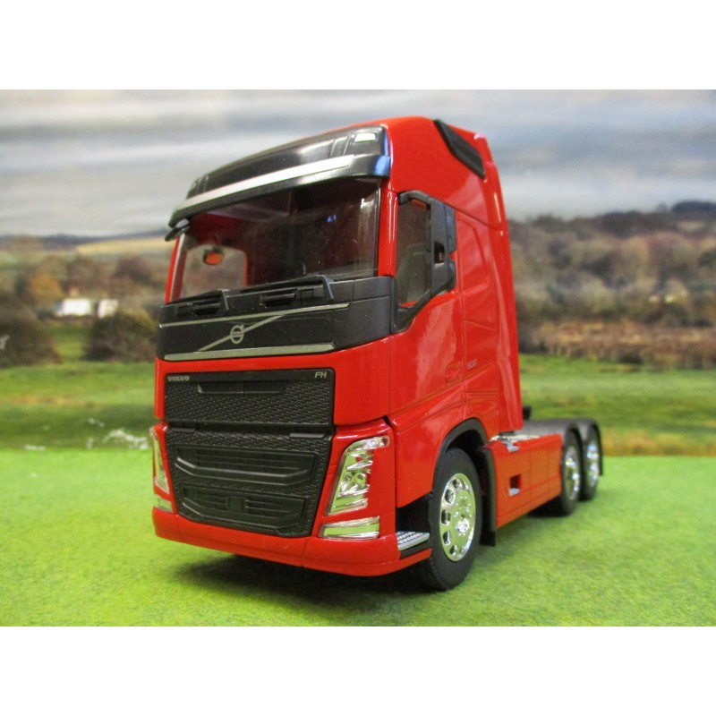 WELLY 1:32 VOLVO FH4 500 6 WHEEL TRACTOR UNIT TRUCK RED