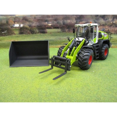 WIKING 1:32 CLAAS TORION 1812 WHEELOADER WITH GRAiN BUCKET & FORKS