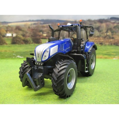 BRITAINS 1:32 NEW HOLLAND BLUE POWER T8.435 TRACTOR