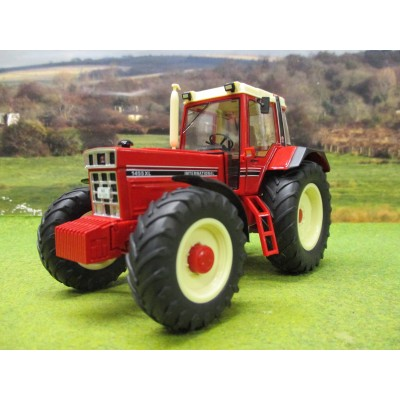 WIKING 1:32 INTERNATIONAL 1455 XL 4WD TRACTOR