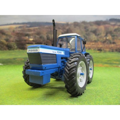 UNIVERSAL HOBBIES 1:32 FORD TW30 COUNTY 1884 PROTOTYPE TRACTOR