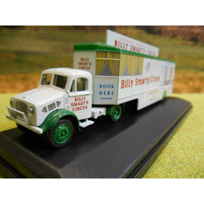 OXFORD 1:76 WHITELEGG & SONS FUNFAIR DODGEMS TRAILER