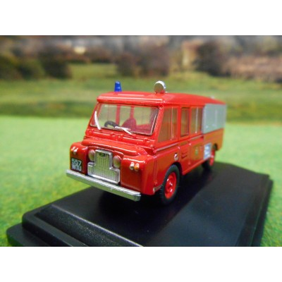 OXFORD 1:76 LANDROVER FT6 CARMICHAEL APPLIANCE CHESHIRE FIRE BRIGADE